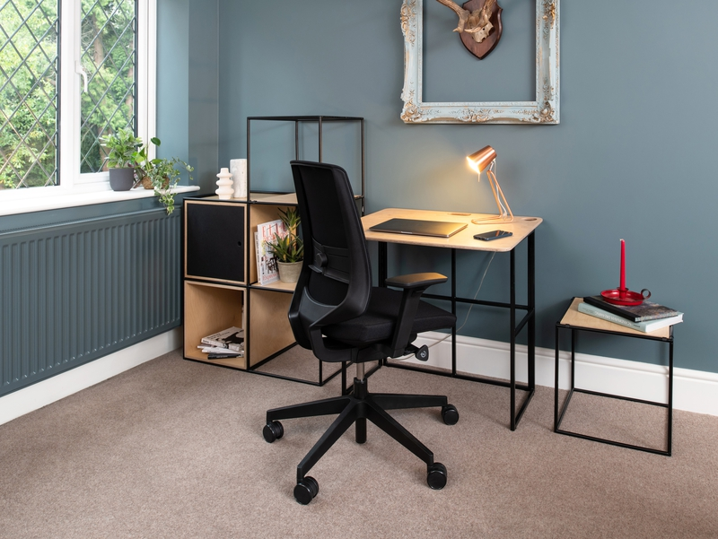 KIT Desk Ply